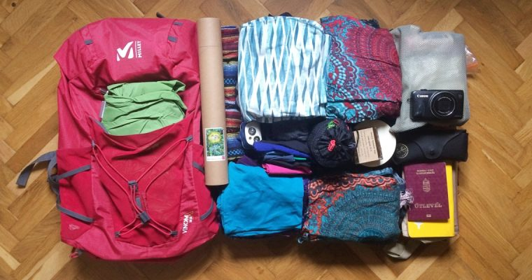 7+1 tips to keep your bag small and light during your trip