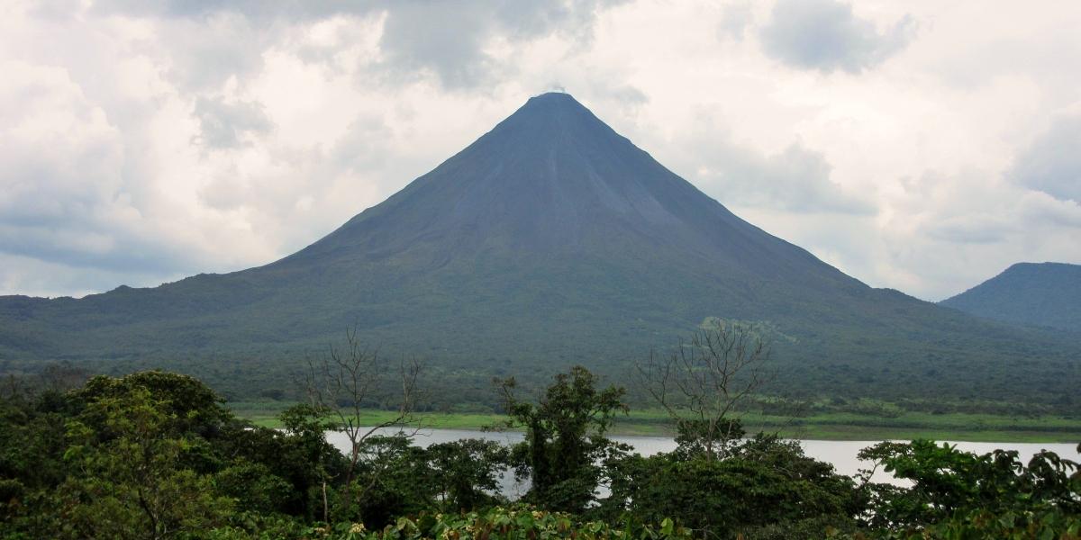 Az Arenal vulkán és La Fortuna